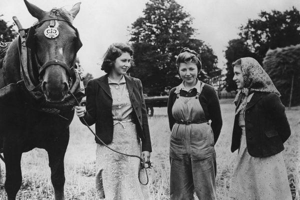 1940's elegance of this 1943 image of Queen Elizabeth in Norfolk
