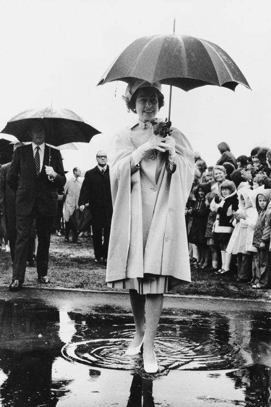 1977 rainy day shot